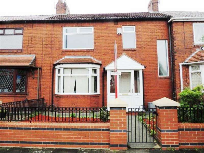 3 Bedrooms Terraced House for sale in Ashbrook Street, Openshaw, Manchester