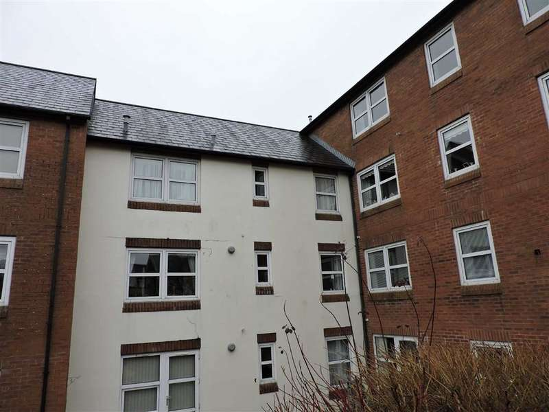 1 Bedroom Retirement Property for sale in Ty Rhys, The Parade, Carmarthen