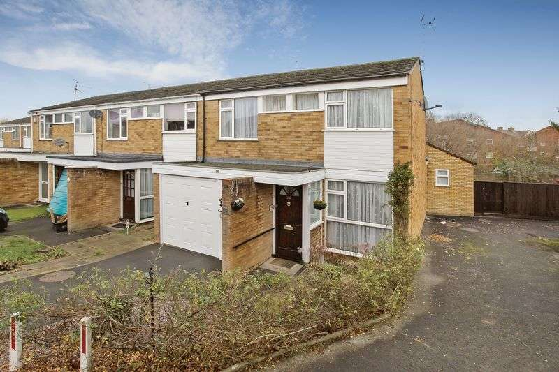 3 Bedrooms Property for sale in Rowbarton Close, Taunton