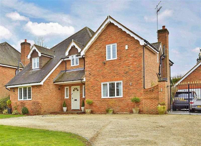 5 Bedrooms Detached House for sale in The Street, West Clandon, Surrey, GU4