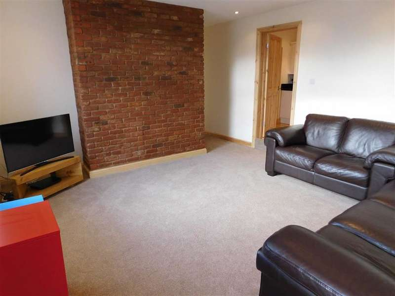 2 Bedrooms House for sale in Handel Street, Golcar, Huddersfield