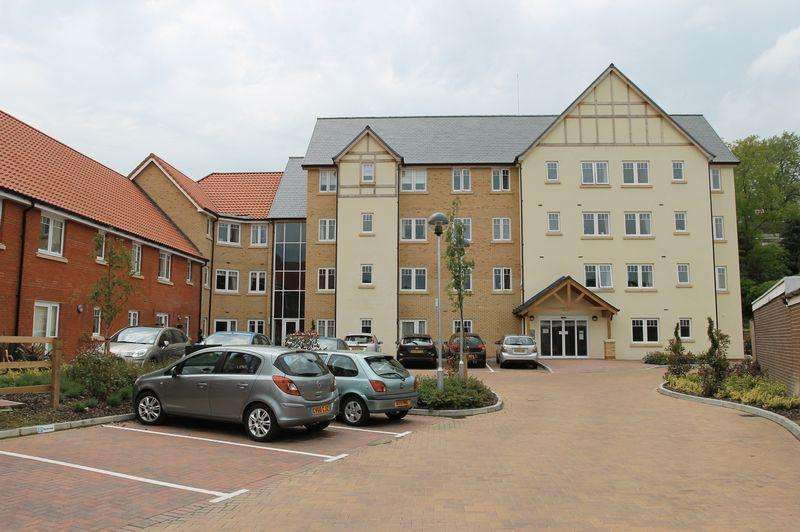 1 Bedroom Apartment Flat for sale in Cross Penny Court, Bury St. Edmunds