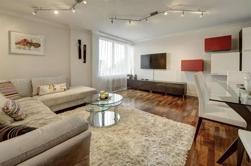 2 Bedrooms Apartment Flat for sale in St Regis Heights, NW3