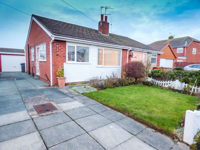 2 Bedrooms Semi Detached Bungalow for sale in Rockville Avenue, Anchorsholme, Thornton-Cleveleys