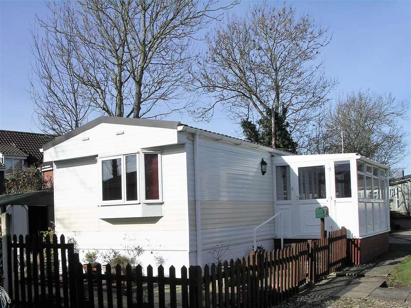 2 Bedrooms Park Home Mobile Home for sale in Potter Heigham