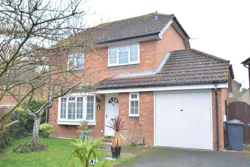 4 Bedrooms Detached House for sale in Valley Mead, Anna Valley, Andover