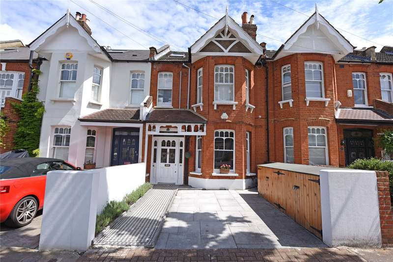 2 Bedrooms Flat for sale in Elborough Street, Southfields, London, SW18