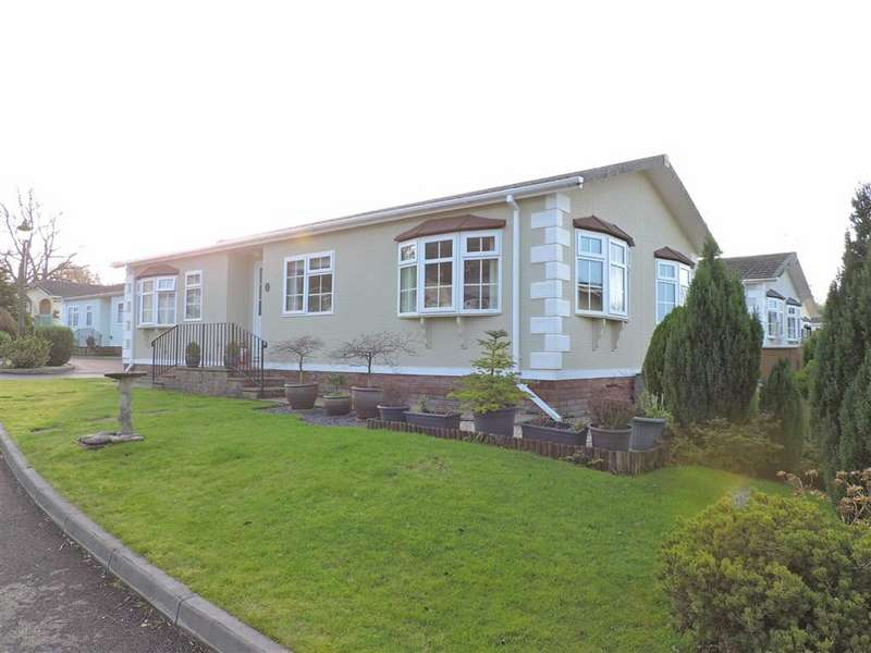 2 Bedrooms Park Home Mobile Home for sale in Towy View Park, Capel Dewi Road, Llangunnor