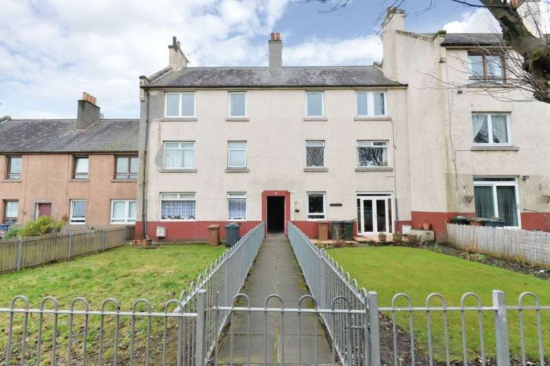 2 Bedrooms Flat for sale in West Granton Road, Edinburgh, EH5 1JG