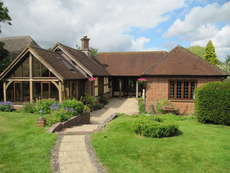 3 Bedrooms Cottage House for rent in Oakley, Hampshire