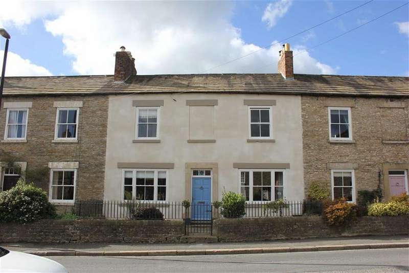 3 Bedrooms Town House for sale in Temple Terrace, Richmond, North Yorkshire