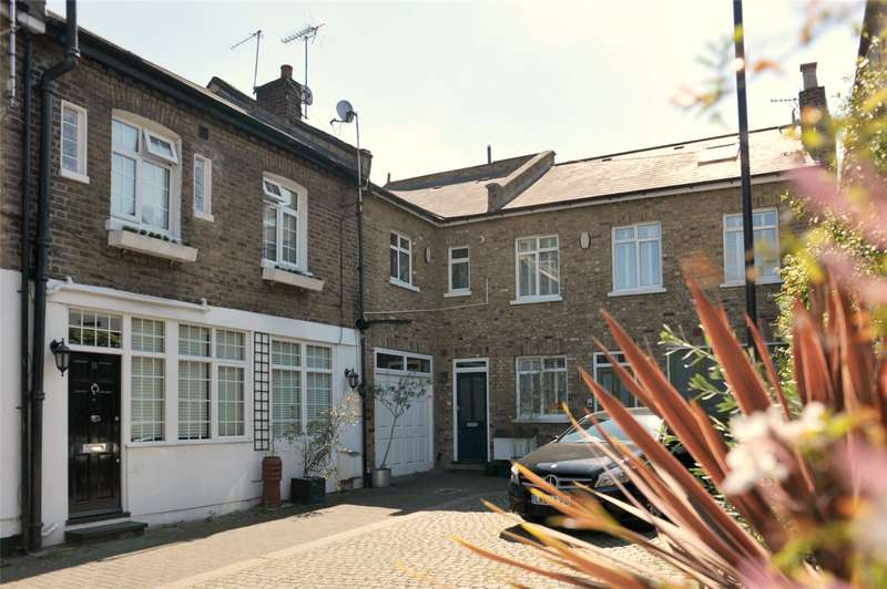 2 Bedrooms House for sale in Victoria Mews, London, NW6