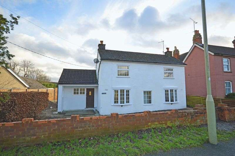 3 Bedrooms Property for rent in Chalet Hill, Bordon