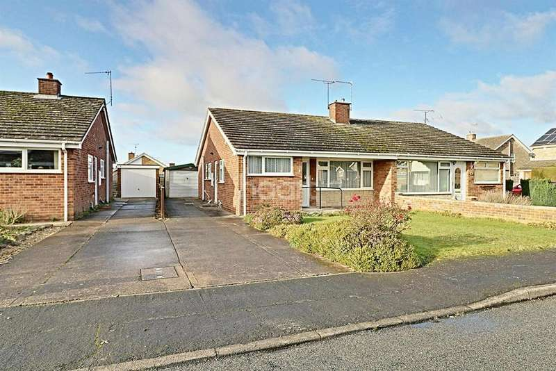 3 Bedrooms Bungalow for sale in Carral Close, Lincoln