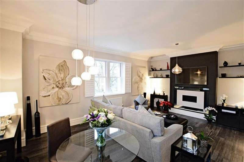 2 Bedrooms Apartment Flat for sale in Dunham Mount, Bowdon, Cheshire, WA14