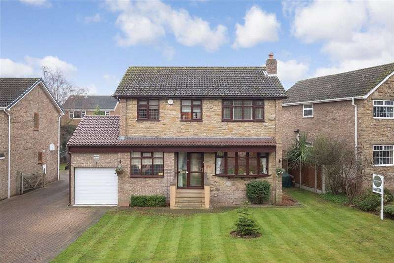 4 Bedrooms Detached House for sale in Rein Court, Aberford, West Yorkshire