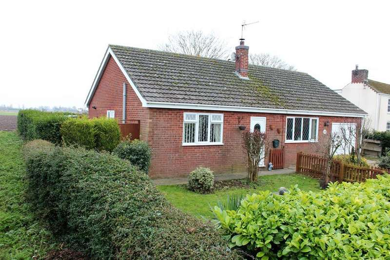 3 Bedrooms Bungalow for sale in Station Road, Old Leake, Boston, PE22