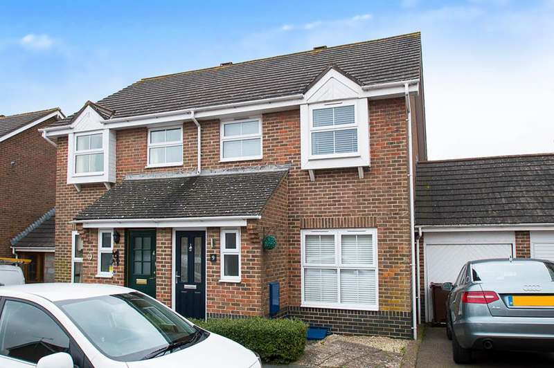 3 Bedrooms Semi Detached House for sale in Tweedsmuir Close, Eastbourne
