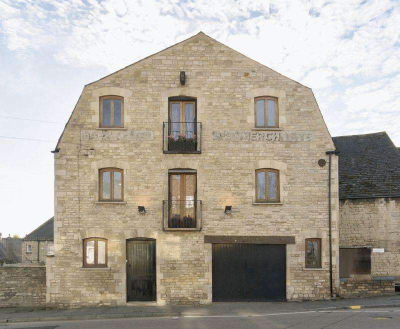 5 Bedrooms Detached House for sale in North Street, Stamford