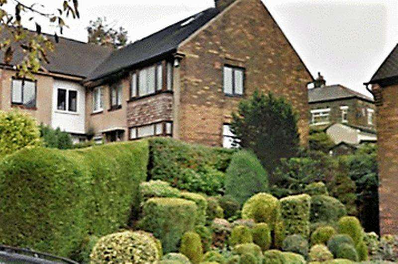 3 Bedrooms Terraced House for sale in Squire Green, Off Squire Lane, BD8 9PT