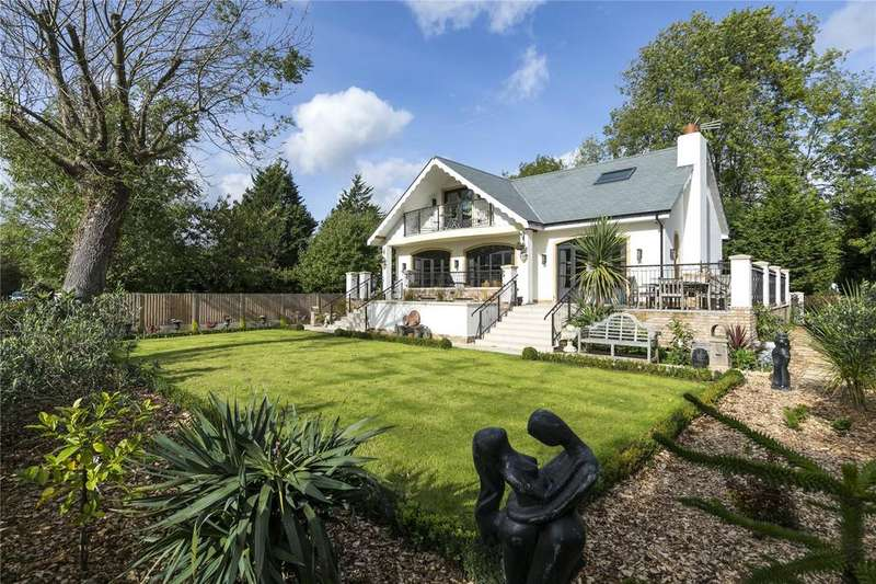 3 Bedrooms Detached House for sale in Towpath, Shepperton, TW17