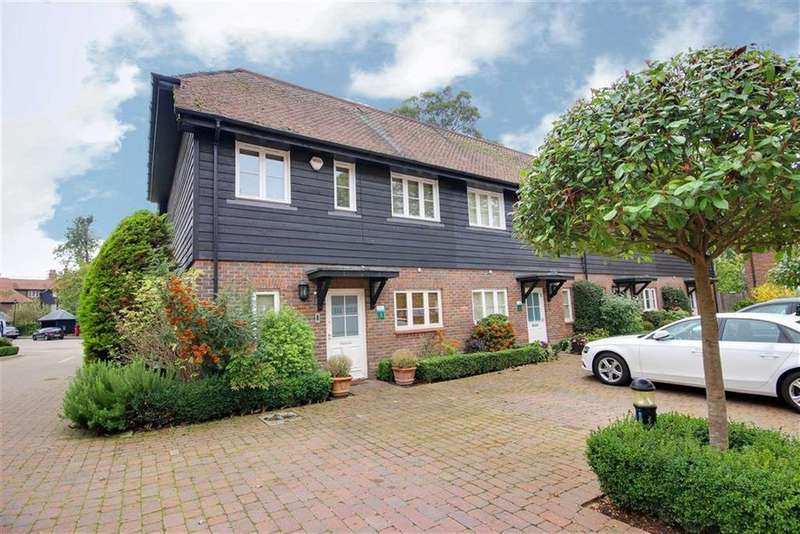 3 Bedrooms End Of Terrace House for rent in Middle Down, Aldenham, Hertfordshire