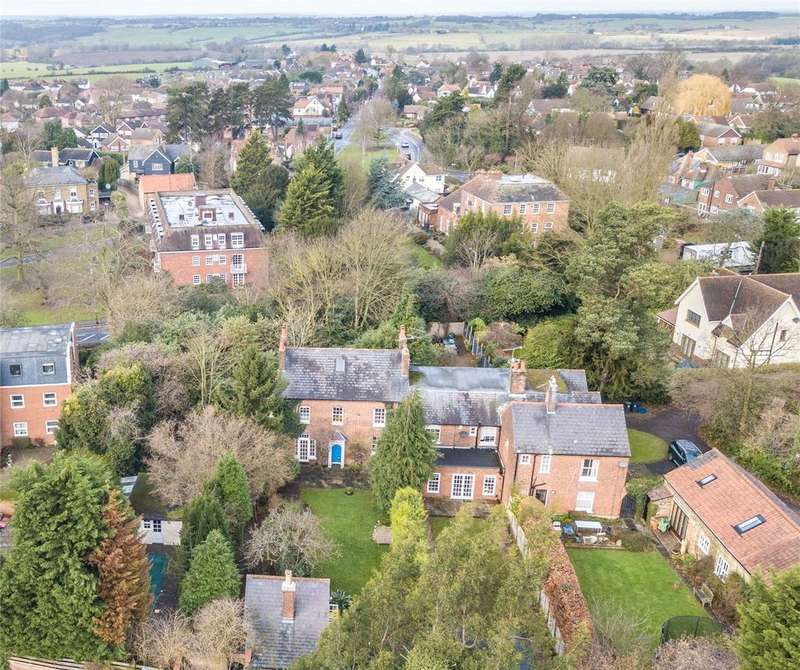 5 Bedrooms Semi Detached House for sale in Palmers Hill, Epping, Essex, CM16