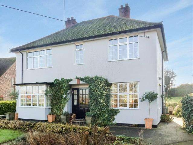 4 Bedrooms Detached House for sale in Cliff Rd, Waldringfield