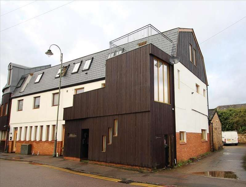 2 Bedrooms Apartment Flat for sale in Church Street, Biggleswade, SG18