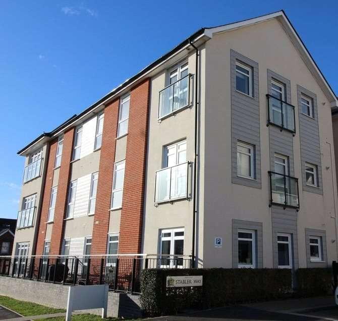 1 Bedroom Flat for sale in Stabler Way, Poole, Dorset, BH15