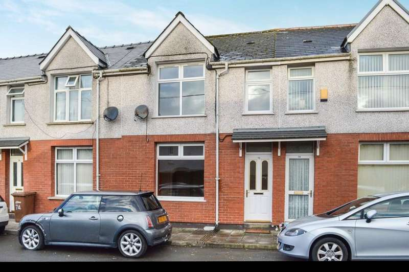 3 Bedrooms Terraced House for sale in St. Cattwgs Avenue, Gelligaer