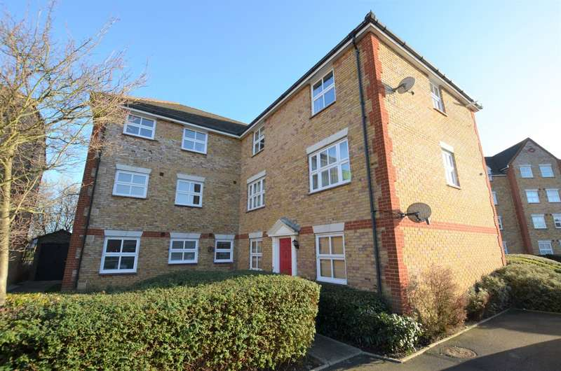 2 Bedrooms Apartment Flat for sale in Victoria Gate, Harlow CM17