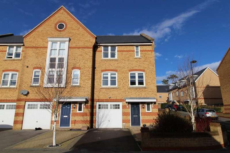 4 Bedrooms End Of Terrace House for rent in Chapman Way, Southdowns Park, Haywards Heath, RH16