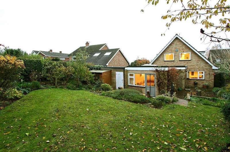 4 Bedrooms Detached House for sale in Church Lane, Eaton