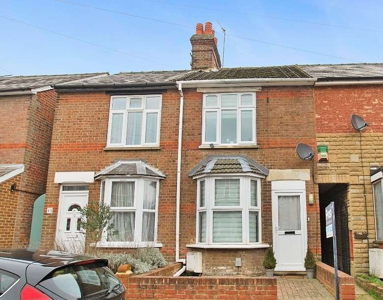 4 Bedrooms Terraced House for sale in Sunnyside Road, Chesham, HP5