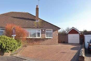 3 Bedrooms Bungalow for sale in Purbrook, Waterlooville, Hampshire, PO7 5PU