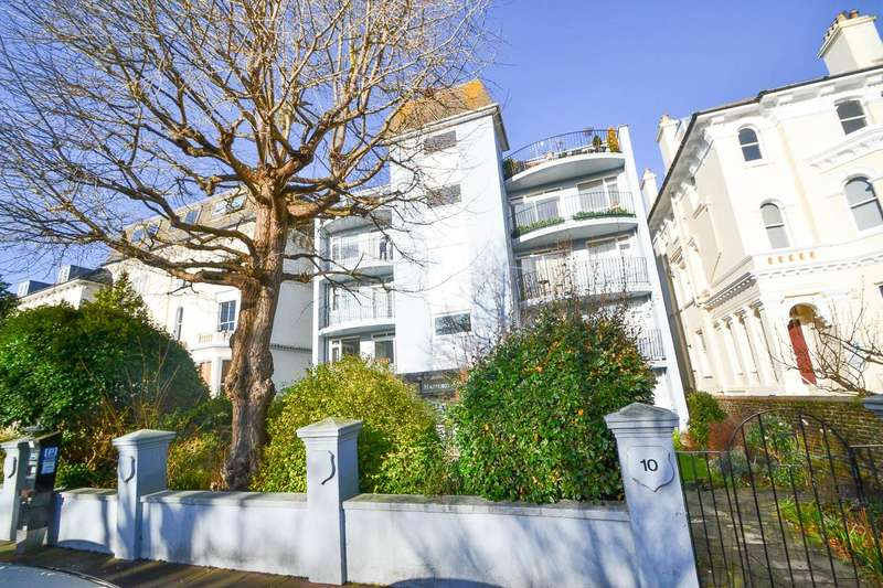 3 Bedrooms Flat for sale in Trinity Trees, Eastbourne