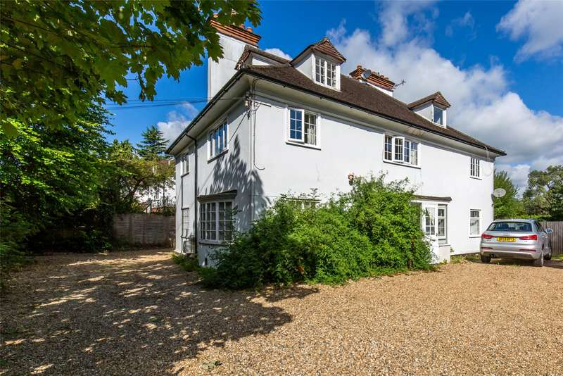 1 Bedroom Flat for sale in Hillcrest, West Hill, Oxted, Surrey, RH8