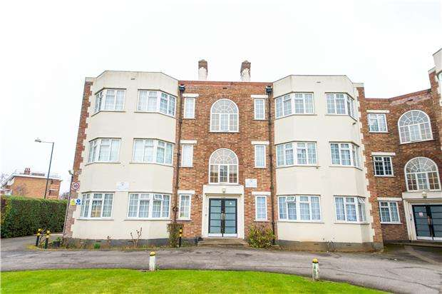 3 Bedrooms Flat for sale in Barons Court, Church Lane, KINGSBURY, NW9 8AD