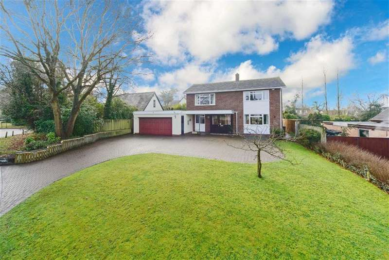 4 Bedrooms Detached House for sale in Station Road, Claverdon, Warwick, CV35