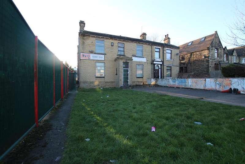 3 Bedrooms Semi Detached House for sale in Thornbury Youth Association, Lower Rushton Road, Bradford, BD3 8PX