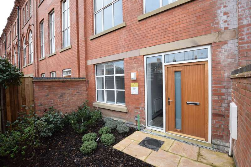 3 Bedrooms Town House for sale in Wheatsheaf Works, Leicester, LE2 6DQ