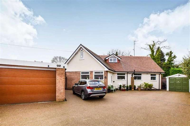 4 Bedrooms Detached House for sale in Woodlands Parkway, Timperley, Cheshire, WA15