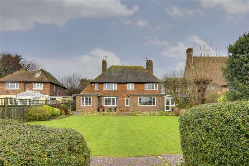 4 Bedrooms Detached House for sale in Eastbourne Road, Seaford