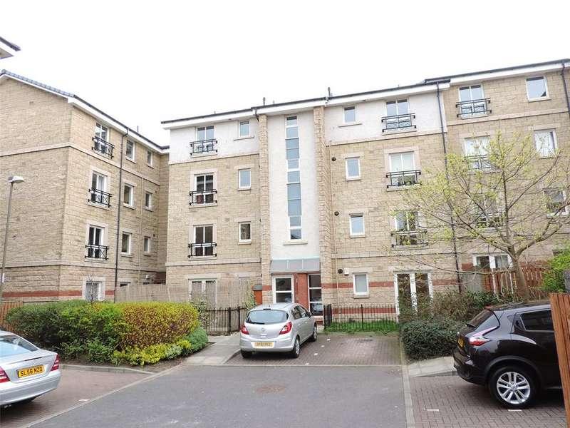 2 Bedrooms Flat for rent in 3/4 Dryden Gait, Pilrig, Edinburgh, EH7