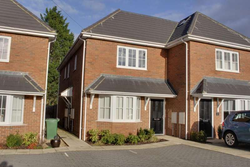 1 Bedroom Flat for sale in FOREST ROAD, DENMEAD