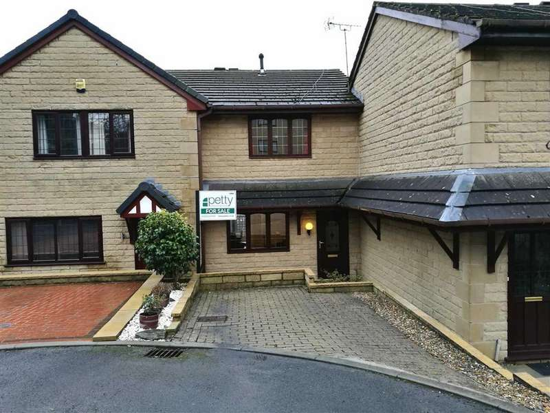 3 Bedrooms Town House for sale in Park Street East, Barrowford, Lancashire