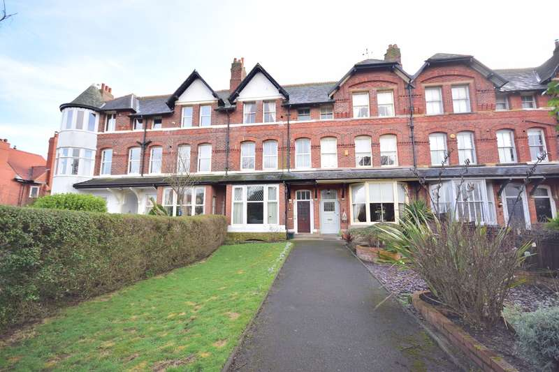 1 Bedroom Flat for sale in St Annes Road East, Lytham St Annes, Lytham St Annes, FY8