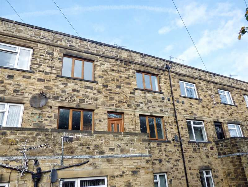2 Bedrooms Maisonette Flat for sale in Gledcliffe, New Bank, HALIFAX, West Yorkshire, HX3