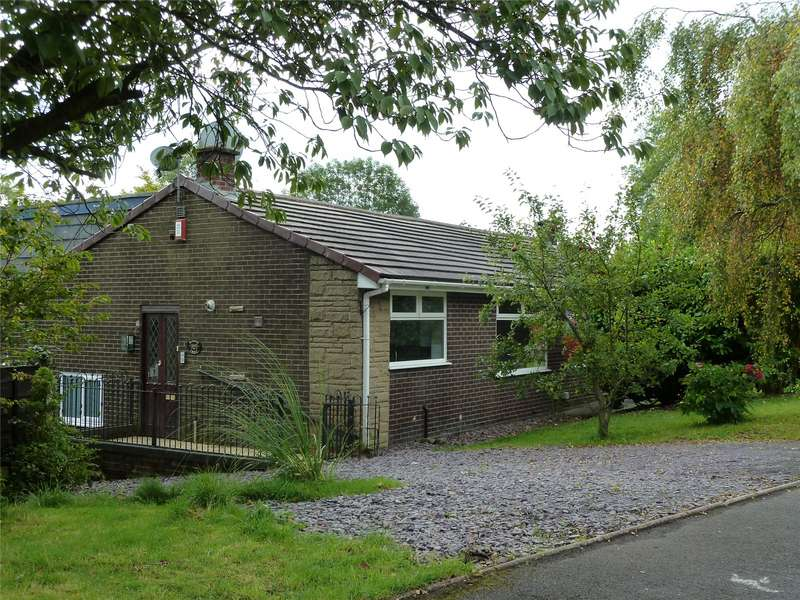 3 Bedrooms Semi Detached House for sale in Kent Close, Diggle, Saddleworth, OL3
